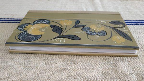 Kerékgyártó Emese - E-Sublót - Kerékgyártó Emese - E-Sublót - Könyvek - Szürke indás, virágos könyv