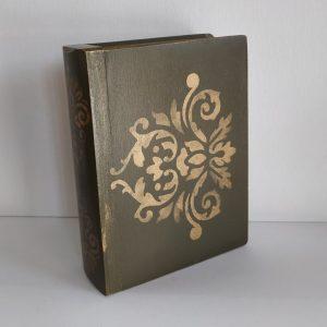 Titkok őre- könyv formájú doboz (sötét olajzöld) - Kerékgyártó Emese