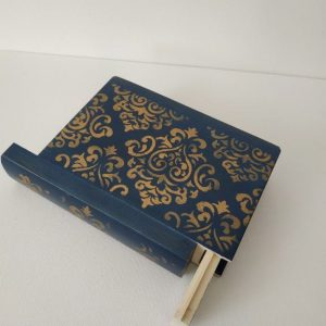 Titkok őre- könyv formájú doboz (indigó kék) - Kerékgyártó Emese